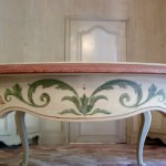 meuble peint, ornementation