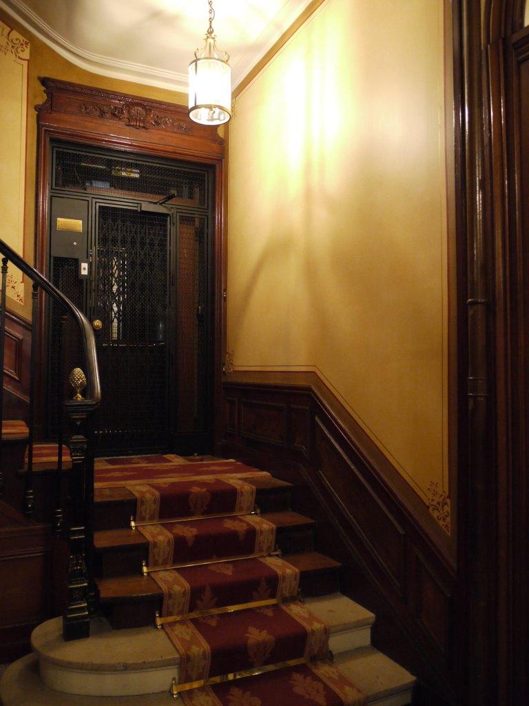 restauration dans la cage d escalier d un immeuble haussmannien restauration et restitution. Black Bedroom Furniture Sets. Home Design Ideas