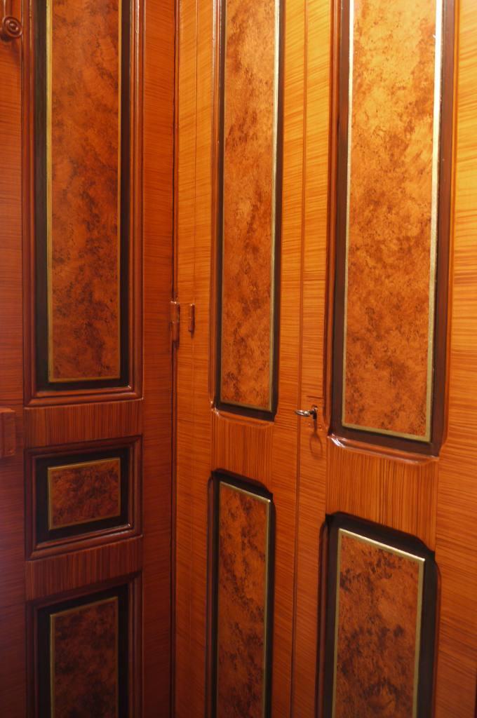faux bois imitation loupe d 39 amboine et bois de violette peintres d corateurspeintres d corateurs. Black Bedroom Furniture Sets. Home Design Ideas