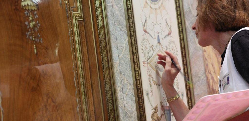 Joelle Godefroid, démonstration de décors peints