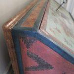 Meuble peint après restauration